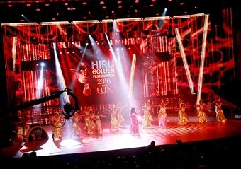 අයස්කාන්ත සිහින රැය සැරසූ සුපිරි සම්මාන උළෙලක ඩිජිටල් වංශයේ ටෙලිවිෂන් සම්ප්රාප්තිය Hiru Golden Film Awards 2016 with LUX අද හිරු ටීවී තුළින් ඔබේ ආලින්දයට