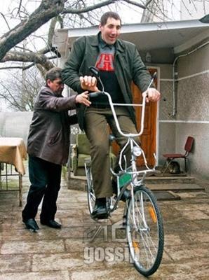 World Tallest man died