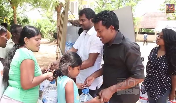 Bathiya santhush donate 30000 liters of water to people