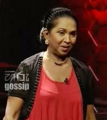 Veteran actress Manike Aththanaya fooled by a transgender