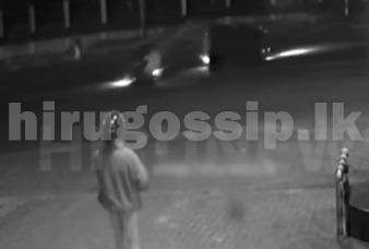 ත්රිරෝද රථයක් සහ  යතුරුපැදියක් එකිනෙක ගටෙන හැටි CCTV කැමරාවේ සටහන් වෙයි  Video