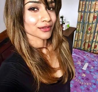 http://gossip.hirufm.lk/data/gossip_images/3483-dulmini-attanayake-speaks-about-her-life188871113.jpg