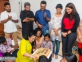 Veteran artist Damitha Abeyrathne celebrates her b'day with Hiru Crew and artists